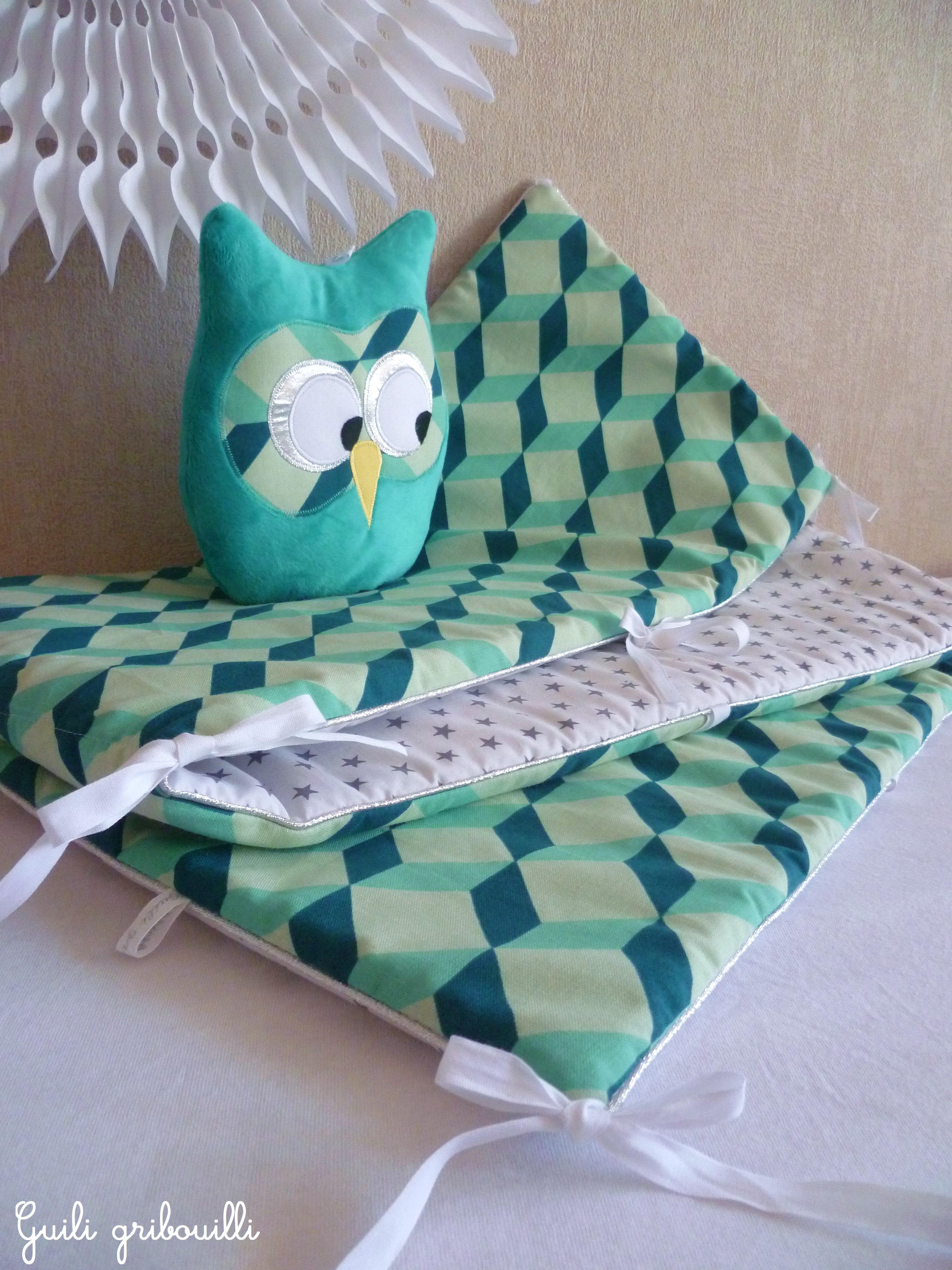 tour de lit et gigoteuse oslo bleu vert argent guili gribouilli linge de lit et de d co pour. Black Bedroom Furniture Sets. Home Design Ideas