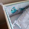 tour de lit et gigoteuse mésange menthe à l'eau