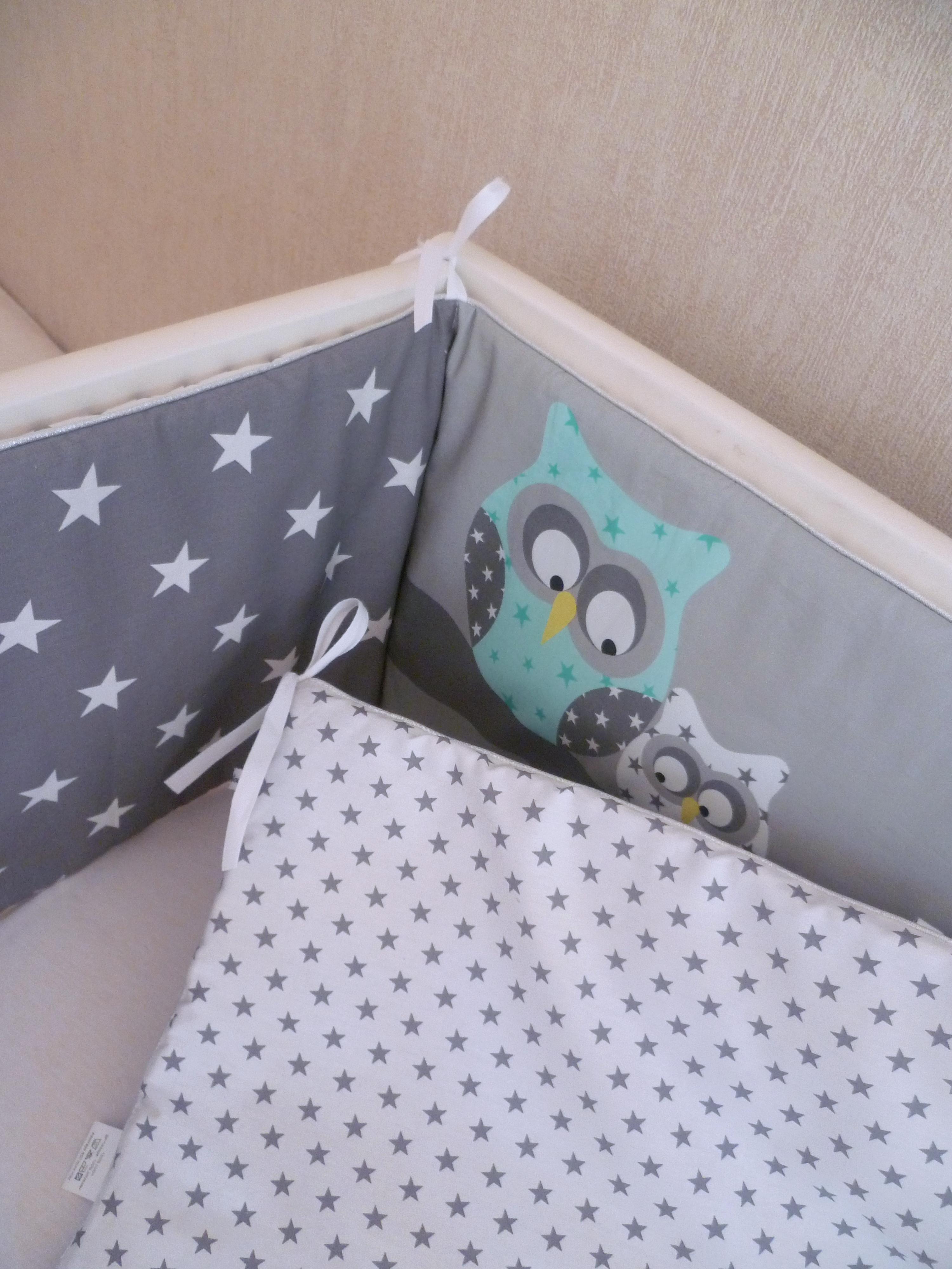 tour de lit et gigoteuse hiboux vert et menthe l eau guili gribouilli linge de lit et de. Black Bedroom Furniture Sets. Home Design Ideas