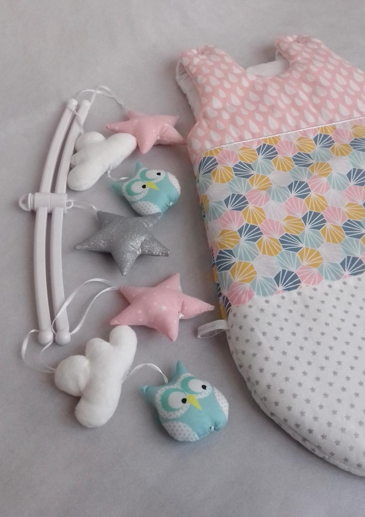 Mobile b b hibou origami guili gribouilli linge de lit et de d co pour enfant - Tour de lit hibou ...