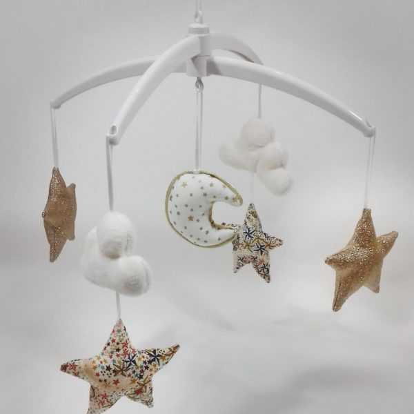 mobile bébé étoiles liberty Adelajda